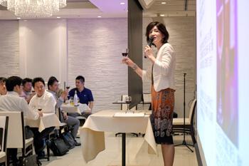 外資系ファイナンス会社様の研修会&懇親会にて、ワインセミナーとチーム対抗ワインクイズを行いました。